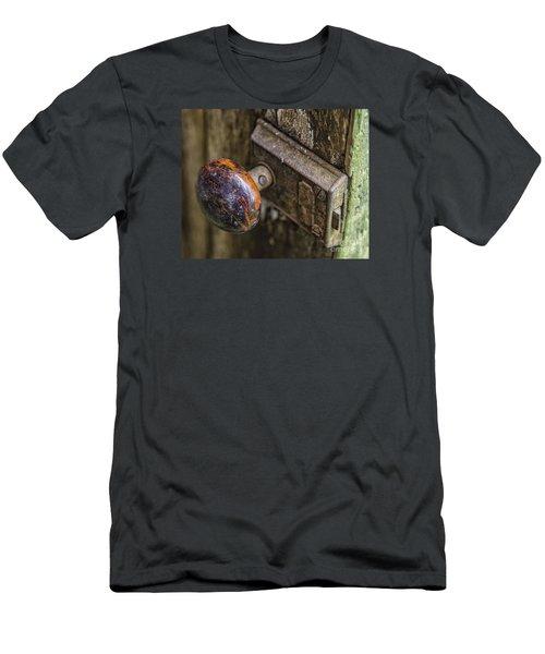Old Door Knob Men's T-Shirt (Athletic Fit)