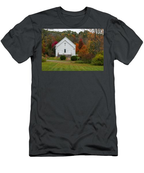 Old New England Church Men's T-Shirt (Athletic Fit)