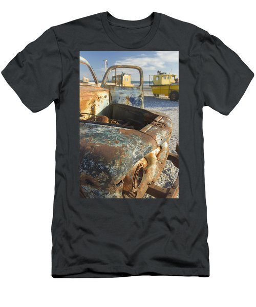 Old Truck In The Beach Men's T-Shirt (Athletic Fit)