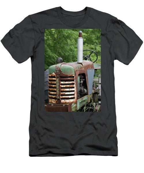 Oliver 2 Men's T-Shirt (Athletic Fit)