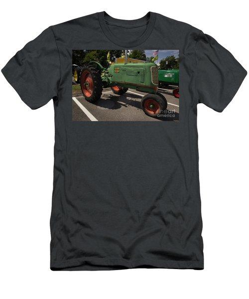 Oliver Row Crop 70 Men's T-Shirt (Athletic Fit)