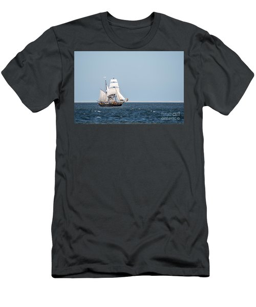 on the way to Texel Men's T-Shirt (Slim Fit) by Hannes Cmarits