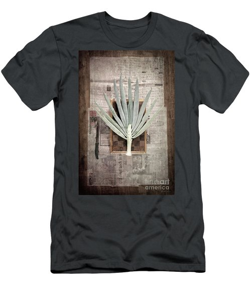 Onion Men's T-Shirt (Slim Fit) by Linda Lees