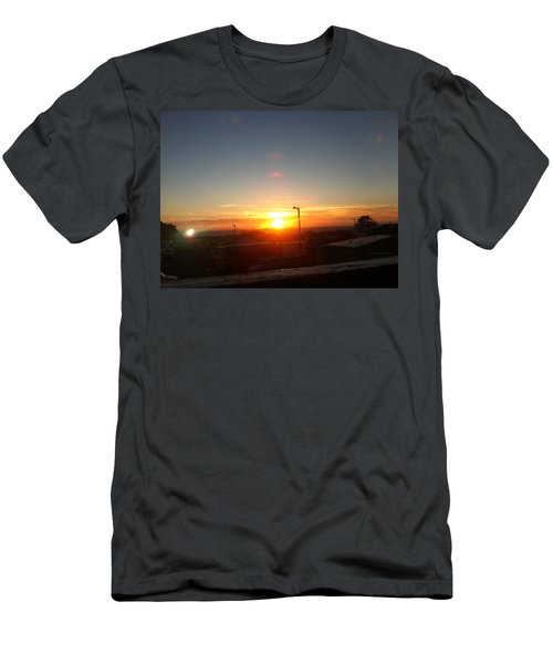 Oregon Blazing Sunset Men's T-Shirt (Slim Fit)