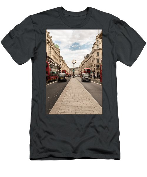 Oxford Street In London Men's T-Shirt (Athletic Fit)
