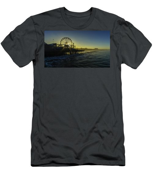 Pacific Park Ferris Wheel Men's T-Shirt (Athletic Fit)