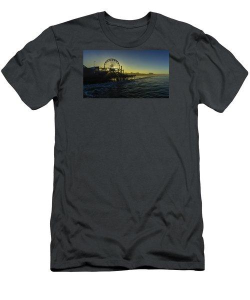 Pacific Park Ferris Wheel Men's T-Shirt (Athletic Fit)