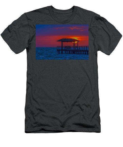 Palapa Del Sol Men's T-Shirt (Athletic Fit)