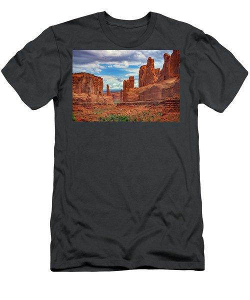 Park Avenue Men's T-Shirt (Athletic Fit)