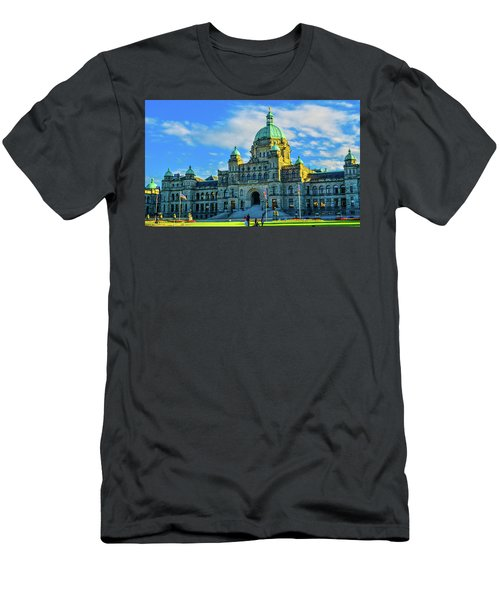 Parliament Victoria Bc Men's T-Shirt (Athletic Fit)