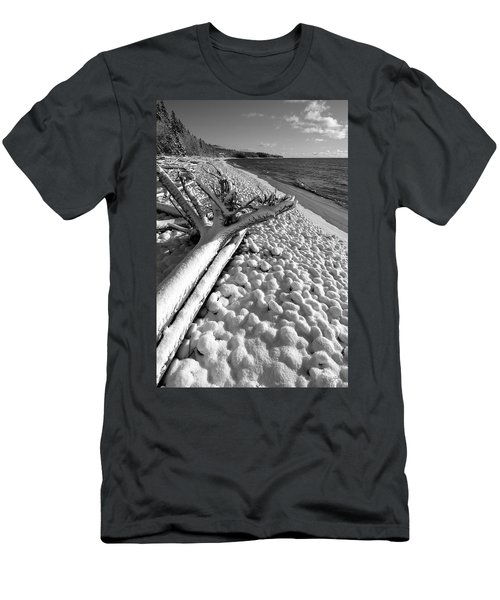 Pebble Beach Winter Men's T-Shirt (Athletic Fit)