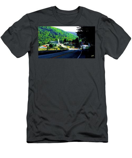 Pennsylvania Mountain Village Men's T-Shirt (Athletic Fit)