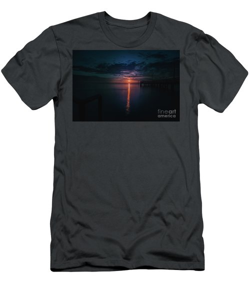 Perfect Sunset Men's T-Shirt (Slim Fit) by Jim  Hatch