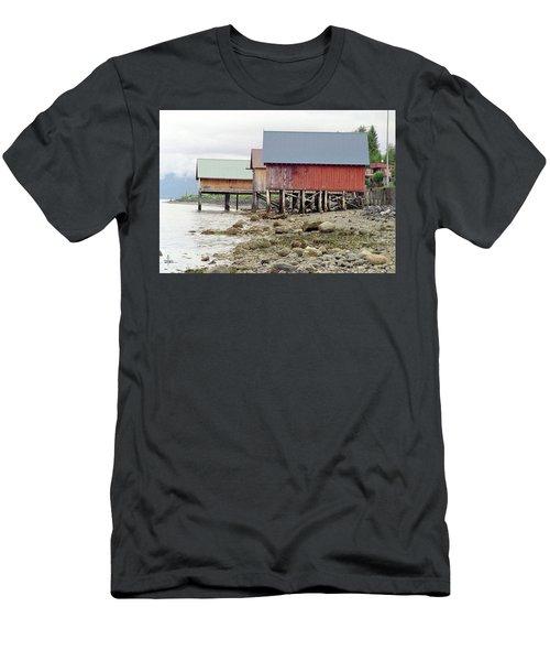 Petersburg Coastal Men's T-Shirt (Athletic Fit)