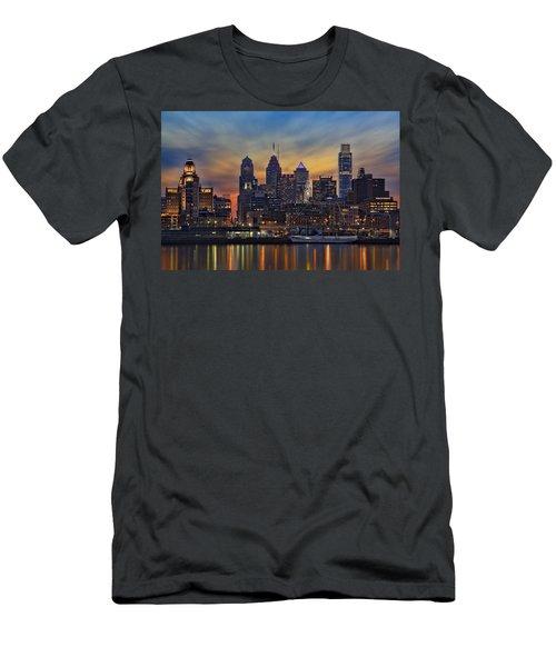 Philadelphia Skyline Men's T-Shirt (Athletic Fit)