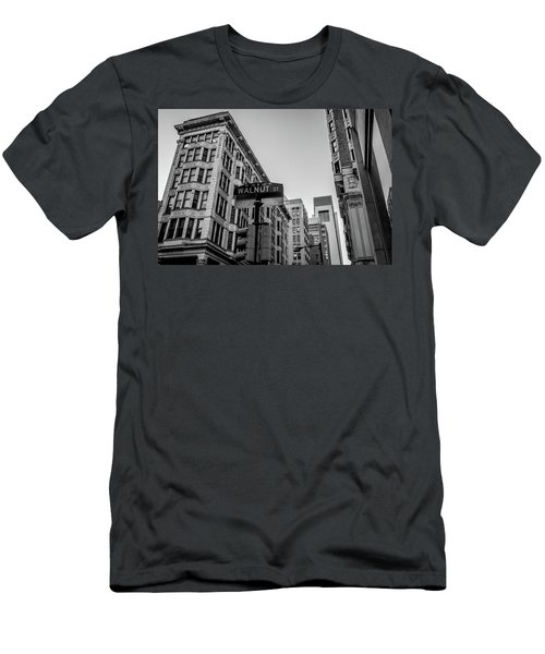 Philadelphia Urban Landscape - 0980 Men's T-Shirt (Slim Fit) by David Sutton