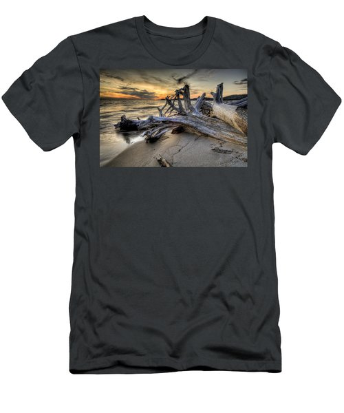 Pic Driftwood Men's T-Shirt (Athletic Fit)