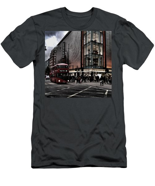 Piccadilly Circus Men's T-Shirt (Slim Fit)