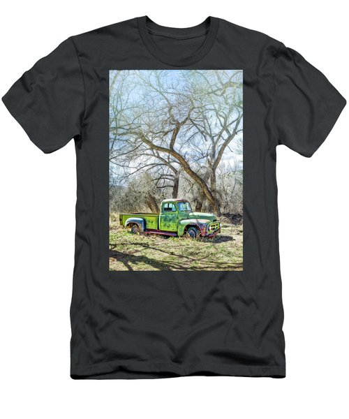 Pickup Under A Tree Men's T-Shirt (Athletic Fit)