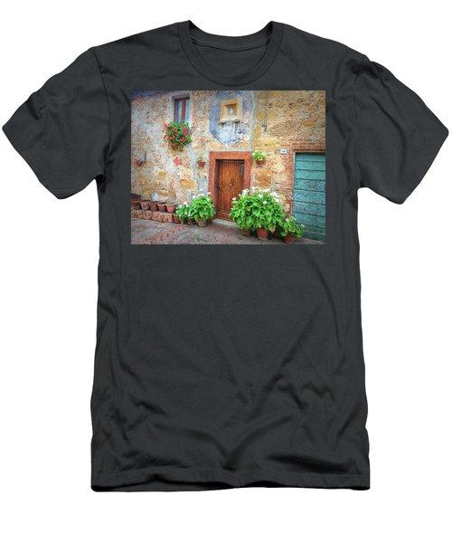 Pienza Street Scene Men's T-Shirt (Athletic Fit)