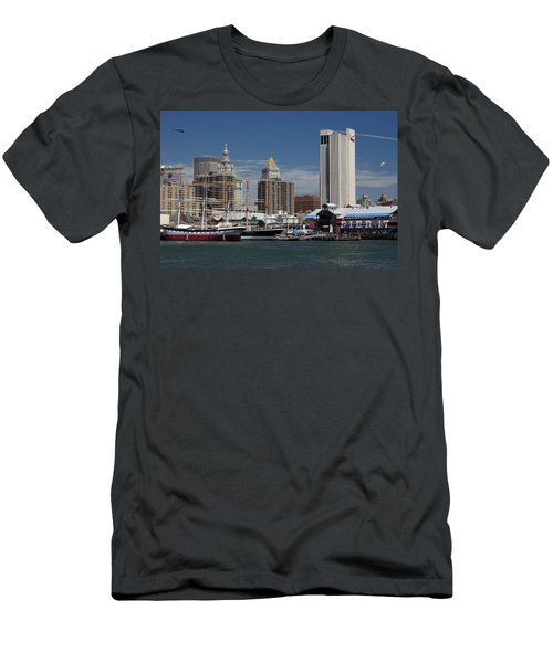 Pier 17 Nyc Men's T-Shirt (Athletic Fit)
