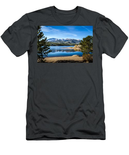 Pikes Peak Over Crystal Lake Men's T-Shirt (Athletic Fit)