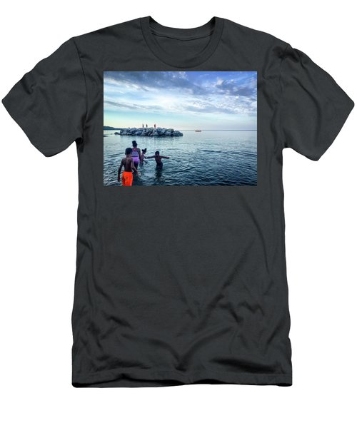 Play Men's T-Shirt (Athletic Fit)