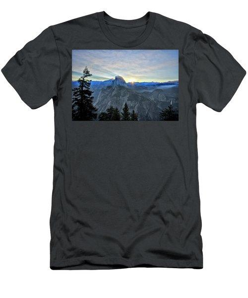 Point Rise Men's T-Shirt (Athletic Fit)