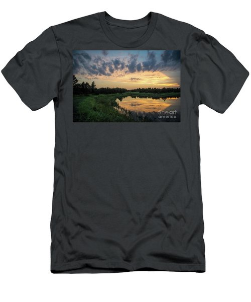 Pond And Sunset Men's T-Shirt (Athletic Fit)