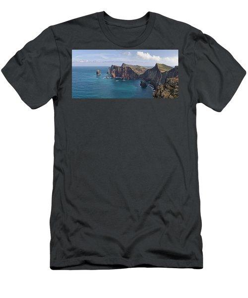 Punta San Lorenzo  Men's T-Shirt (Athletic Fit)