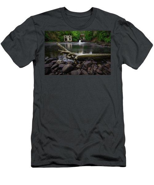Poplar River Lutsen Men's T-Shirt (Athletic Fit)