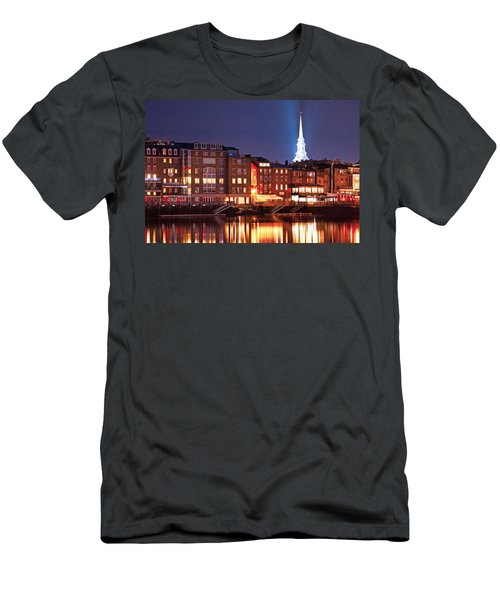 Portsmouth Waterfront At Night Men's T-Shirt (Athletic Fit)