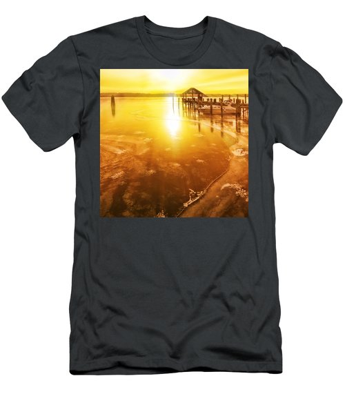 Potomac In Old Town Alexandria Men's T-Shirt (Athletic Fit)