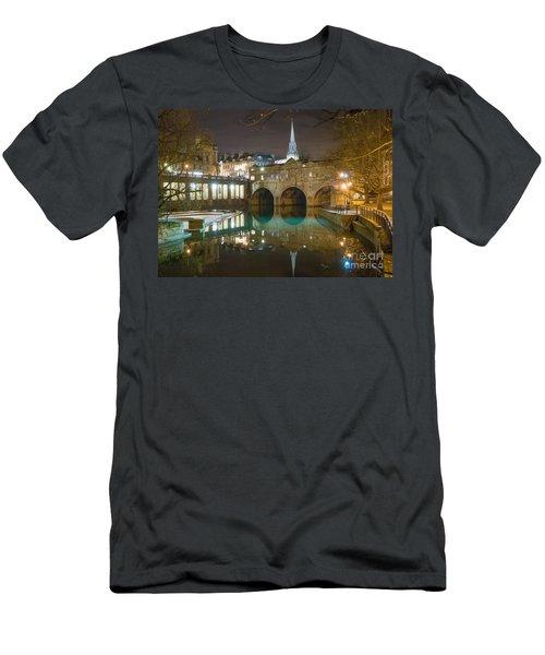 Pulteney Bridge, Bath Men's T-Shirt (Athletic Fit)