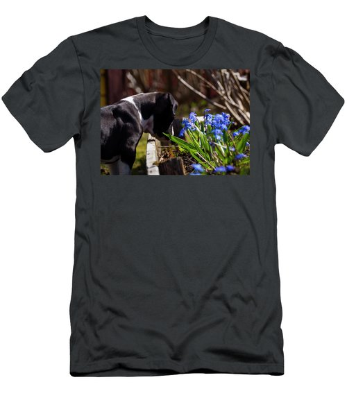 Puppy And Flowers Men's T-Shirt (Athletic Fit)