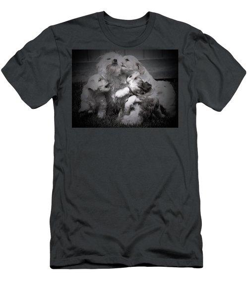 Puppy Vignette Men's T-Shirt (Athletic Fit)