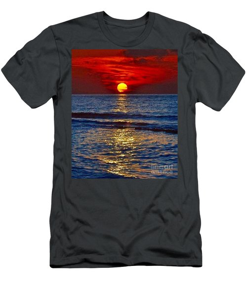 Quiet On The Ocean Men's T-Shirt (Athletic Fit)