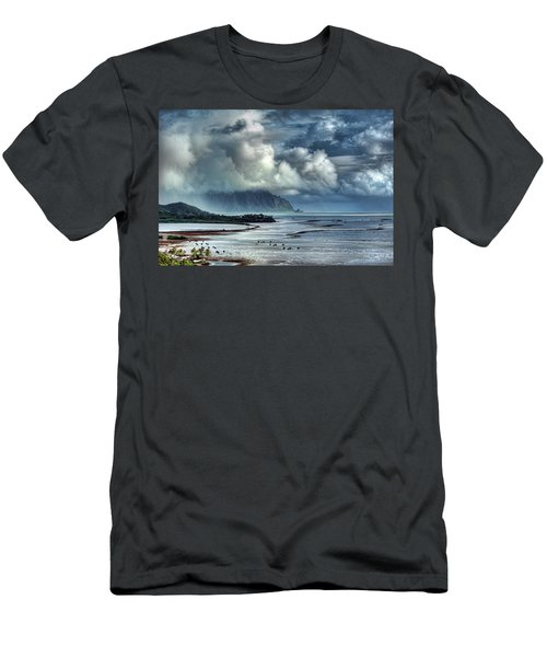Rain Clearing Kaneohe Bay Men's T-Shirt (Athletic Fit)
