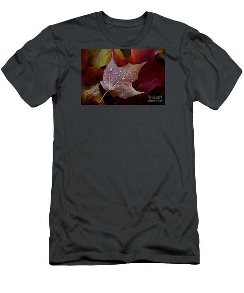 Rain Droplets On Leaf Men's T-Shirt (Athletic Fit)