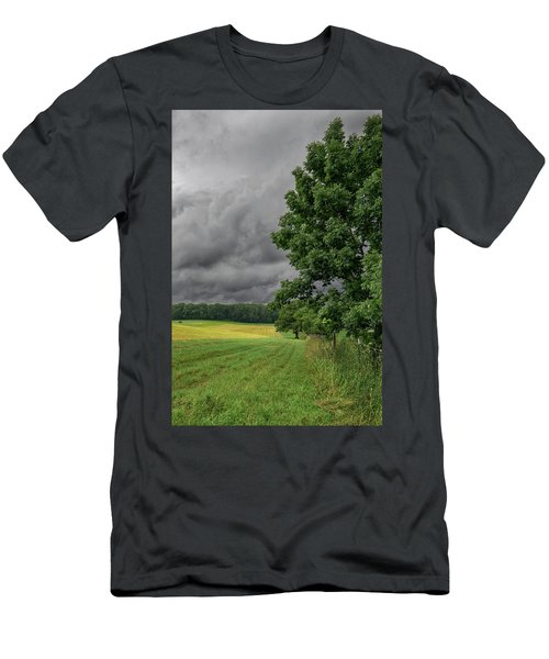 Rain Is Coming Men's T-Shirt (Athletic Fit)