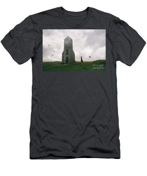 Raven Queen Men's T-Shirt (Athletic Fit)