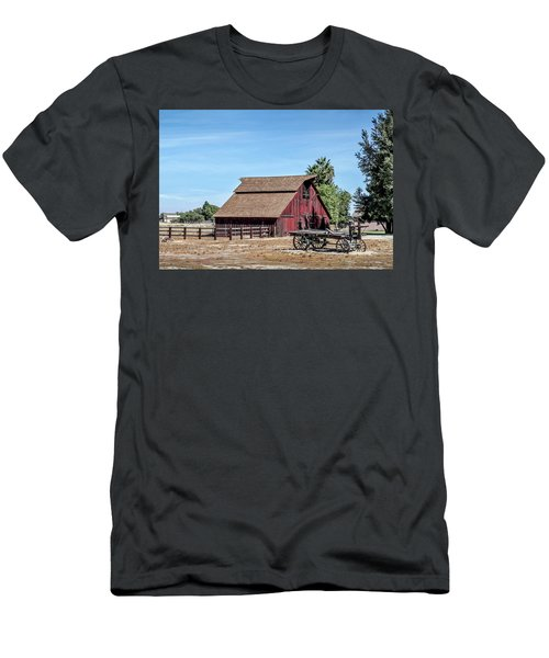 Red Barn And Wagon Men's T-Shirt (Athletic Fit)