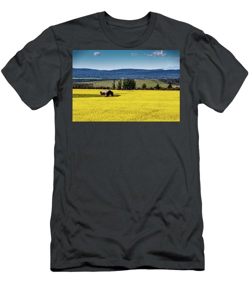 Red Barns In A Sea Of Canola Men's T-Shirt (Athletic Fit)
