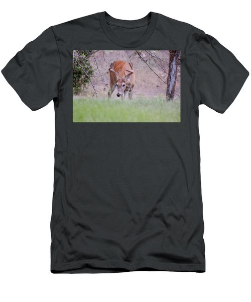 Red Bucks 6 Men's T-Shirt (Athletic Fit)