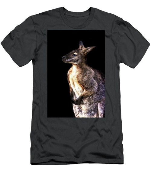 Red Kangaroo Men's T-Shirt (Athletic Fit)