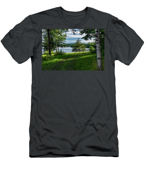Red Lake Ontario 2 Men's T-Shirt (Athletic Fit)
