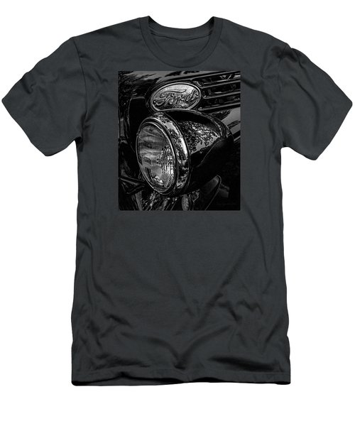 Reflective Ford In Black-and-white Men's T-Shirt (Athletic Fit)