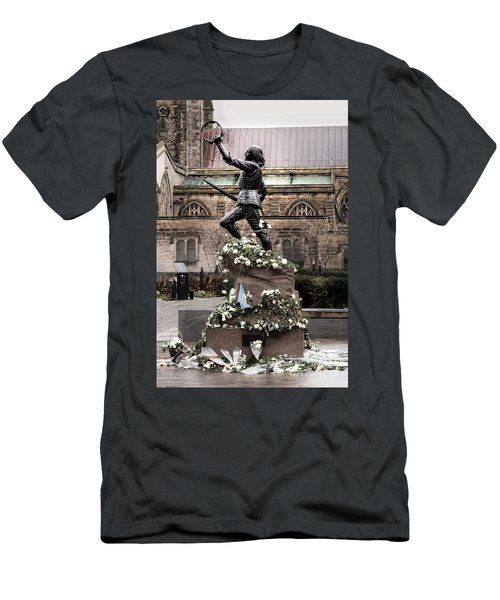 Richard The Third Statue Men's T-Shirt (Athletic Fit)