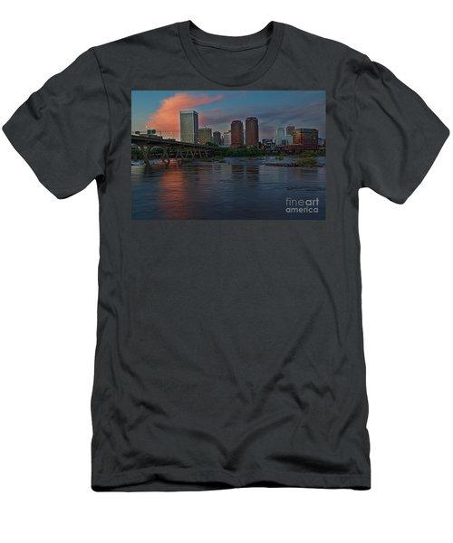 Richmond Dusk Skyline Men's T-Shirt (Athletic Fit)