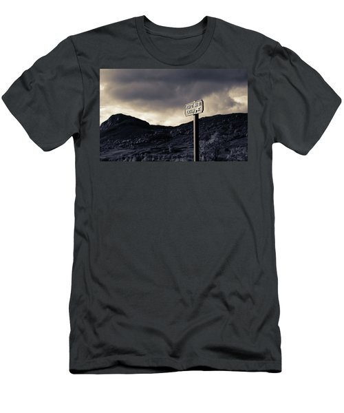 Right Of Way To Laggan Men's T-Shirt (Athletic Fit)